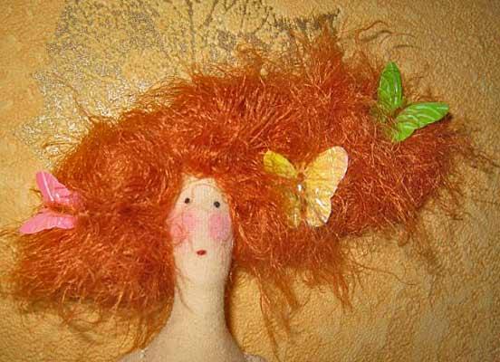 Волосы из пряжи травка