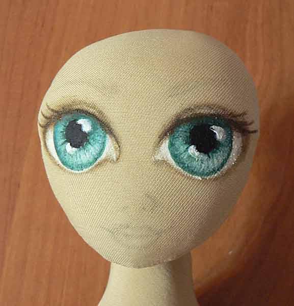 Глаза с ресничками